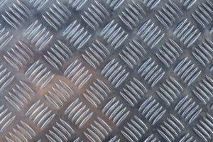 лист рифленый чичевичный или ромбовидный