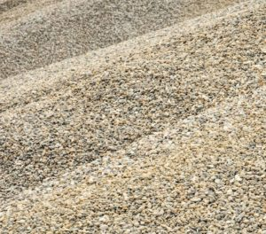 Поставка песка и щебня