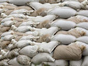 песок в мешках 50 кг